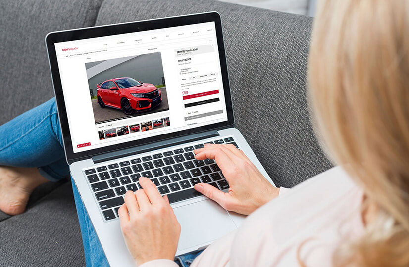Private Lease online sales